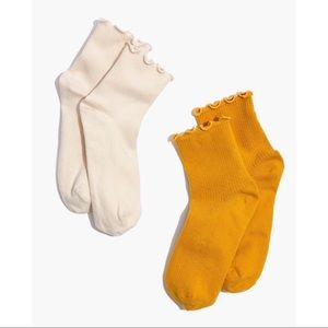 Madewell Accessories - NWOT Madewell ruffle socks